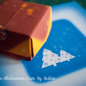 4 Huge Christmas Graphics for Your Own Gift Box (free download)